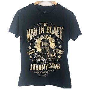 Black Johnny Cash graphic T-shirt size small